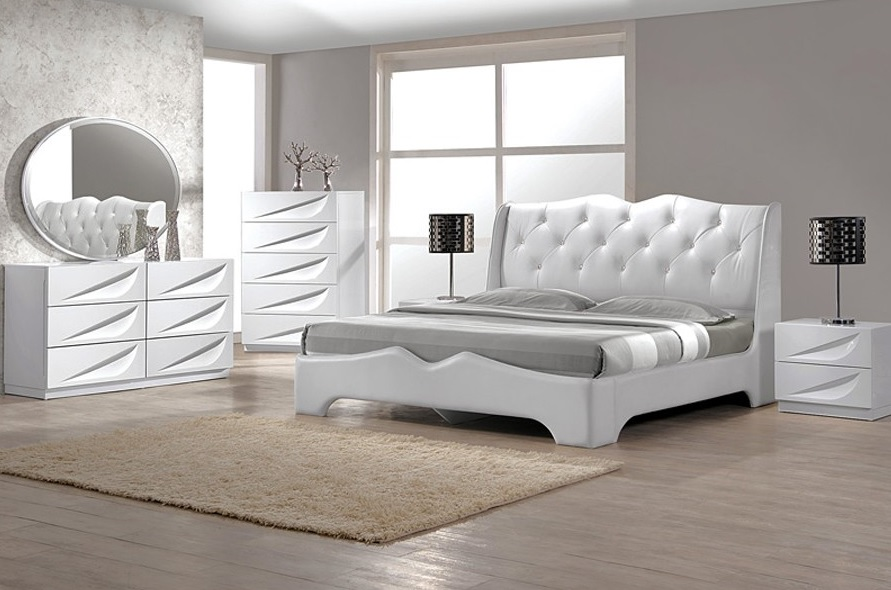 Madrid Collection Bedroom Set White Lacquer Finish Casye Furniturecasye Furniture